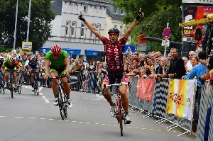 Martin Hunal vyhrál horské okruhy městem v Bohumi...