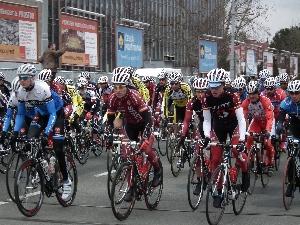Cyklistická sezóna začala - Rosťa Krotký 11. místo na Bíteši, Dan Vejmelka 9. místo v Hlohovci