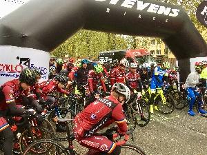Tour de Brdy vyhrál Martin Stošek team Vitalo před obhájcem Tomášem Kalojírosem z AC SPARTA PRAHA