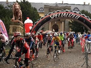 TOUR DE BRDY - poslední závod sezony 3.10 za účasti televizních kamer
