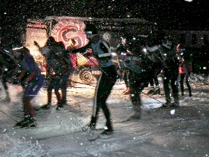 Jakub Janoušek zahájil večerní Ligu Ski areálu Těškov prvenstvím.