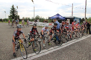 Druhý díl žákovských závodů Sparta - cycling junior ovládly starší žákyně Nikol Soustružníková z MS Bike academy Racing před Kristýnou Burlovou